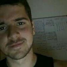 Tareq felhasználói profilja