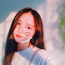 李青蔓 User Profile