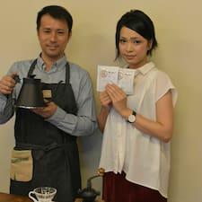 Saiba mais sobre Mitsutoshi And Ai
