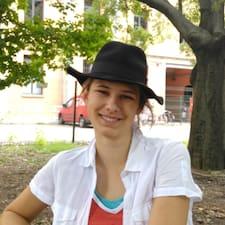 Maja Skat User Profile