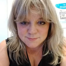 Jacqueline Musial User Profile
