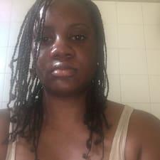 Jannelle felhasználói profilja