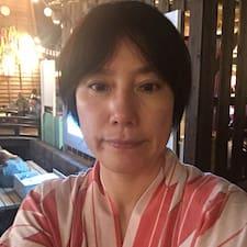 英子 felhasználói profilja