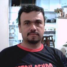 Elias De Almeida Pereira Kullanıcı Profili