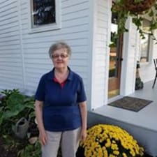 Lindaさんはスーパーホストです。