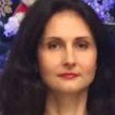 Profilo utente di Monica.