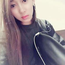 小曼 User Profile