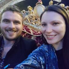 Ben And Anna Brugerprofil