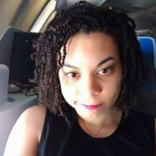 Profil Pengguna Naomi
