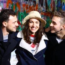 โพรไฟล์ผู้ใช้ Tereza, Peter, Joe And Dan
