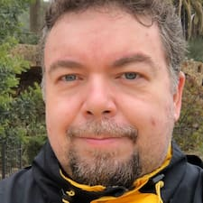 Karel felhasználói profilja