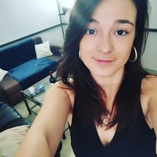 Coraline felhasználói profilja