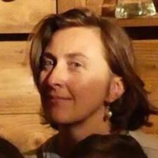 Marie Ange felhasználói profilja