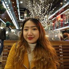 Thu Uyen User Profile