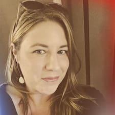 Profil Pengguna Renée