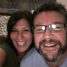 Derek & Suzie Brugerprofil