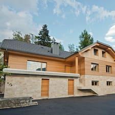 Vila Alpina Superhost házigazda.