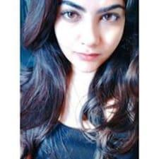 Anushmita felhasználói profilja