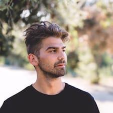 Brett felhasználói profilja
