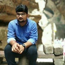 Yash felhasználói profilja