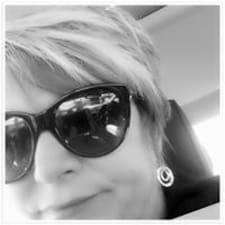 Renea User Profile