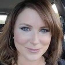 Deborah felhasználói profilja