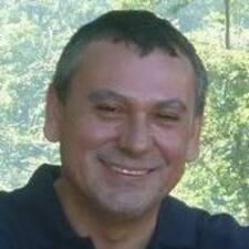 Profil Pengguna Andrés S.