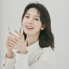 萱 felhasználói profilja