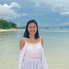 Nikki Mae felhasználói profilja