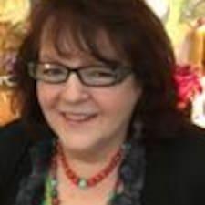 Profil Pengguna Katherine Woodward