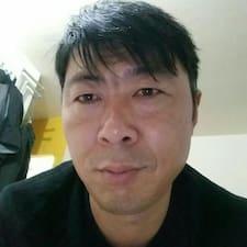 忠青 User Profile