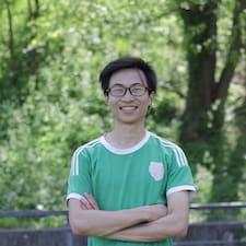 Tran Ngoc felhasználói profilja