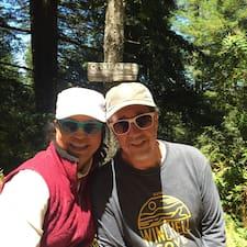 Arnold And Marta's profile photo