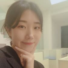 산월 felhasználói profilja