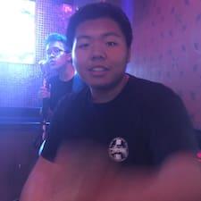 פרופיל משתמש של Yuhao