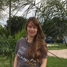 Profilo utente di Olena