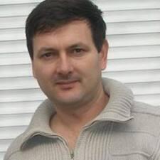 Nicolae — суперхозяин.