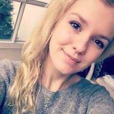 Profil Pengguna Louisa