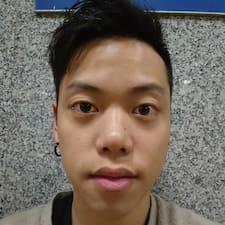 衎 User Profile