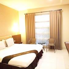Nutzerprofil von Emerald Hotel