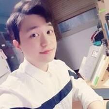 Hyun Woo님의 사용자 프로필