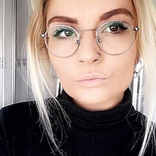 Abby Brugerprofil