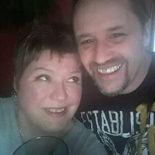 Profil korisnika Mike & Lori