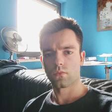 Profil korisnika Yunis