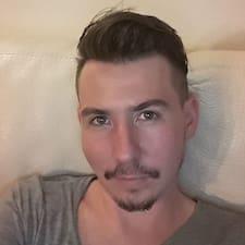 Remi felhasználói profilja