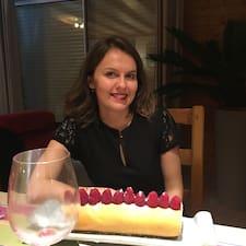 Anne-Sarah User Profile