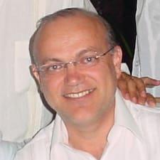 Jose Roberto คือเจ้าของที่พักดีเด่น