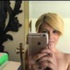 Profil korisnika Frances