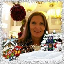 Profil Pengguna Angeline