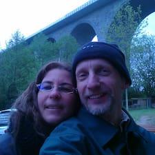 Matthias & Lydia felhasználói profilja